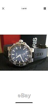 NEAR MINT ORIS AQUIS DIVERS AUTOMATIC DATE STAINLESS WATCH BLACK REF 7730 with BOX
